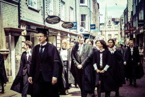 Absolventen der Universität Cambridge (Bild: Kevin Spencer, http://tiny.cc/p41mcy CC BY-NC 2.0)