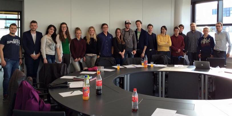 Runde Sache: Mitglieder und Interessierte der neuen LHG Rhein-Waal. (Foto: privat)